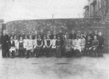 A class of High Spen School 1931/32