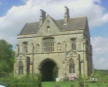 Clipstone Archway House